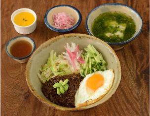 ジャージャン丼 ¥1,200